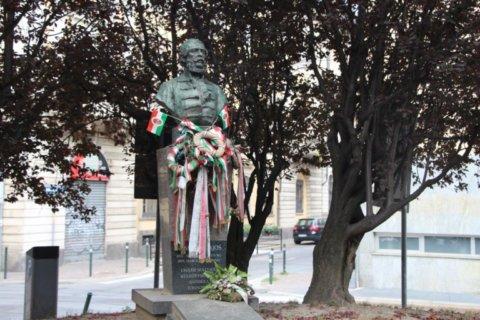 Kossuth Lajos nyomában Torinóban