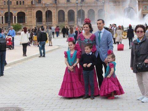 spanyol népviseletek
